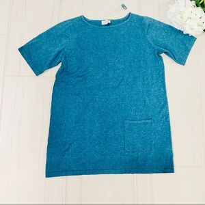 New Joan Rivers Front Pocket Blue Tunic. size M